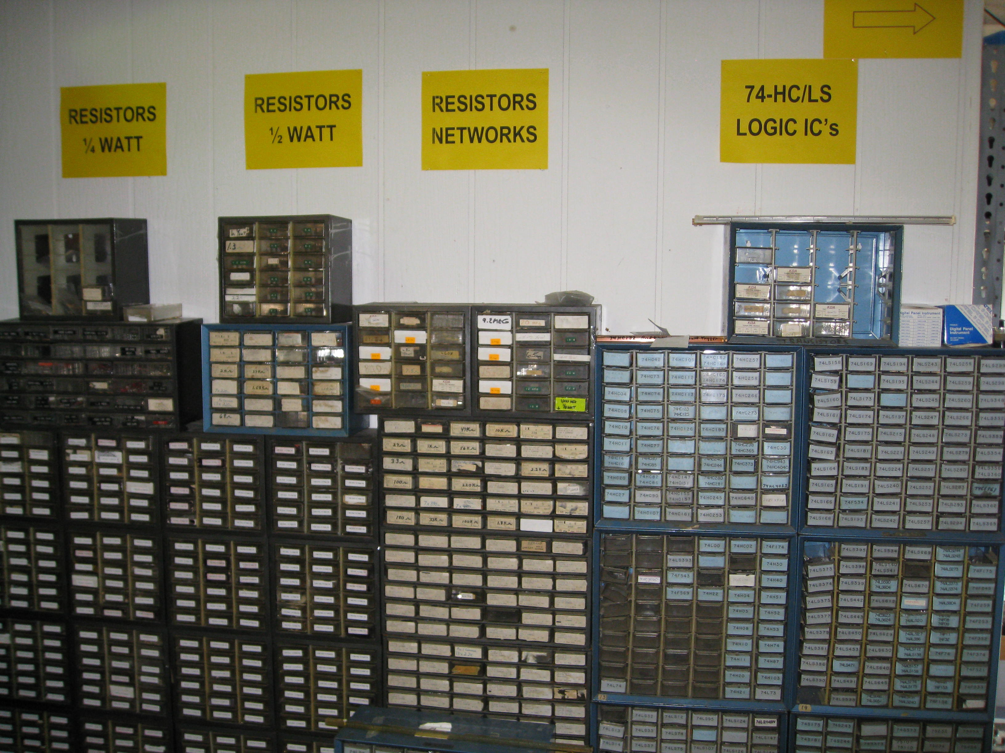 A Trip to Electronic Surplus in Cleveland – Skywired net
