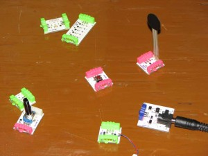 littleBits boards