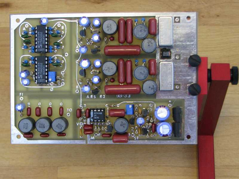 KK7B R2 receiver, top side